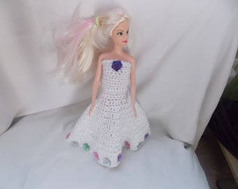 a pretty dress for barbie and her mini shawl