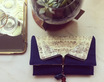 Layla's Classic Composition Clutch