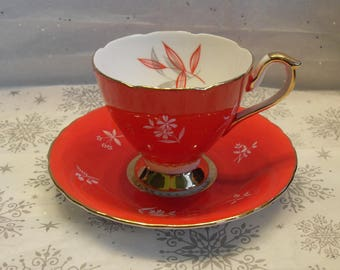Sutherland HM Bone China Made in England Teacup Red White with Gold Trim