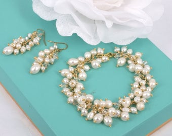 Amy- Freshwater Pearl bracelet and  Swarovski Earrings Set