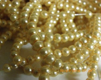 300 Pearl 4 mm beige ivory glass pearl beads