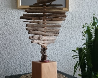 Skulpur from Driftwood Wood as a pedestal Driftwood wood art