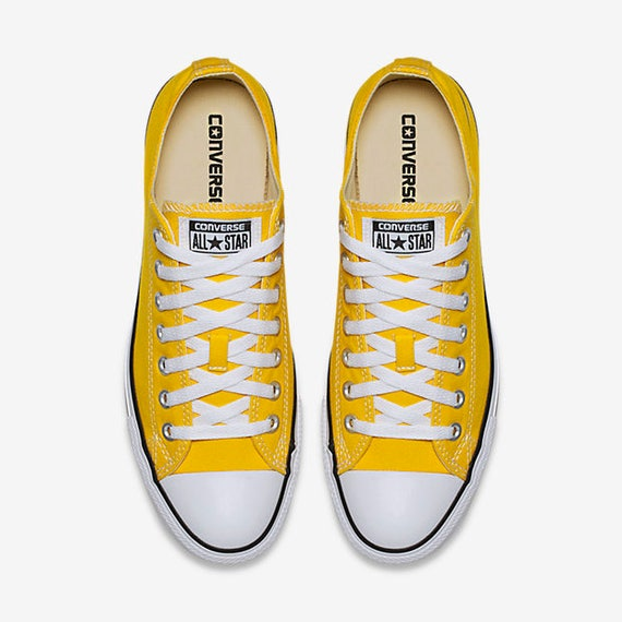 Painted Groom Converse Converse Shoes Yellow Wedding Shoes Yellow Custom Wedding Converse Groom's Wedding Bride Wedding or Bridal Shoes wTxHtqBv5