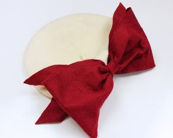 Bow Beret (White & Red)