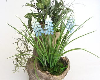 Faux Grape Hyacinth Spring Planting in Log