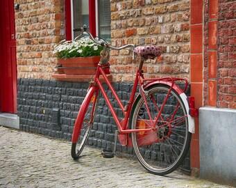 Red Bicycle   Brugge, Belgium