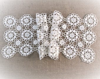Vintage Table Runner Antique Linens Crochet Lace Ivory Off White Hand Crocheted Dresser Scarves Cottage Boho Decor Vintage Linens