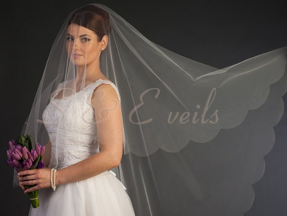 Cathedral Drop Veil with Scalloped Edge and metal comb | wedding veil