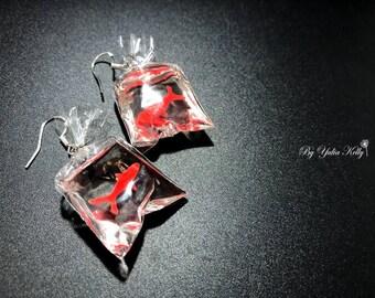 Dangle Fish Earrings, Crystal Epoxy Earrings, Sea Earrings, Ocean Earrings, Gold Fish Earrings, Fish Earrings, Miniature earrings,
