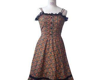 Vintage Floral Dress 1980s , A bit Gothic style