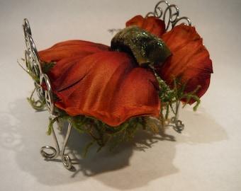 Elegant FAIRYS BEDROOM Scroll BED perfect for Miniature Gardens, Fairy Gardens, Terrariums