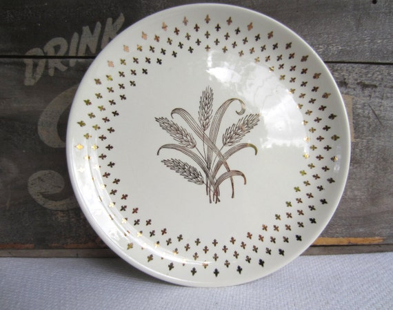 & Vintage Gold Harvest Wheat and Fleur De Lis Dinner Plate by