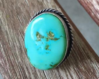 BIG Turquoise Ring - 40s/50s Turquoise - Navajo Antique - sz 7 1/4