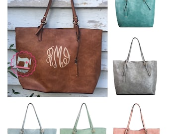 Monogrammed tote purse with crossbody included