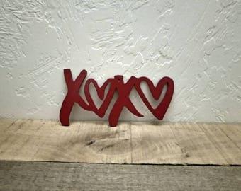 XOXO Sign Hugs and Kisses Metal Wall Art Love Decor Valentine's Decor Master Bedroom Decor Heart Decor Metal Word Art Cutout Love Sign