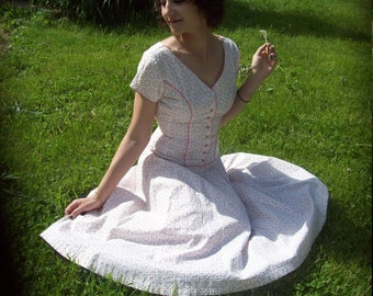 1950s Kay Windsor Pink And White Floral Print Midi Day Dress With Eyelet Look