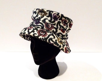 Brocade Bucket Hat 1960s 1970s Vintage Tapestry Hat Mod Brimmed Hat Self Fabric Hatband Floral Fabric Hat Bohemian Gypsy Hat Hippie Bohi