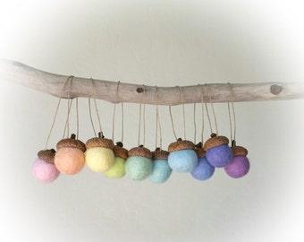 Acorn Christmas Ornaments : Felted Wool Acorn Christmas Ornaments