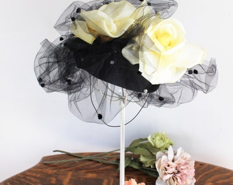 Vintage 1980s Black Straw Fascinator Hat With Birdcage Veil Silk Flowers / Chapeau Creations Ruth Kropveld Chenille Dots Sequins / Millinery