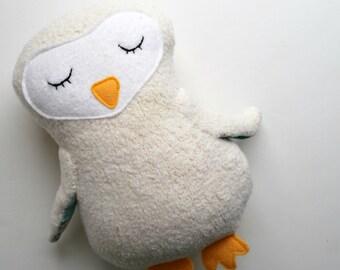 White Sleepy Owl Plushie Made from Organic Cotton Fleece - Eco-Friendly - Baby Toy - Soft - Cuddly - Plush - Stuffed Animal - White - Sweet