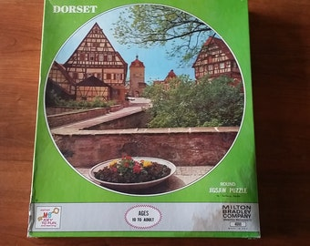 Vintage Dorset Milton Bradley round puzzle factory sealed from 1971