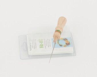 Needle holder with 1 needle. For needle felting.