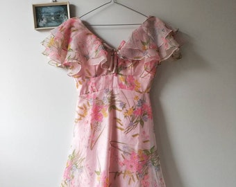 Vintage Retro 1970's Floral Pastel Pink Prom Party Dress