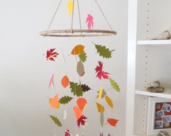 Leaf Mobile - Mothers Day Gift, Woodland Mobile, Hanging Mobile, Nursery Mobile, Baby Mobile, Nature Mobile, Woodland Nursery, Paper Mobile