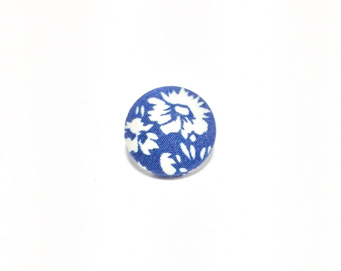 """Hawaiian Shirt Day"" Lapel Button"