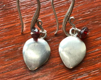 Dower & Hall,  Solid Sterling Silver Drop Earrings with Garnet Bead
