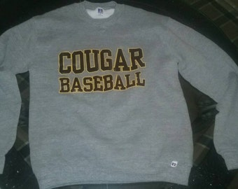 Vintage Russell Athletic Cougars Baseball crew neck sweatshirt size M