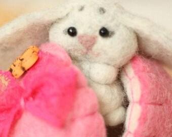Easter Bunny - Easter Decorations - Easter Egg - Easter Decor - Bunny Rabbit - Easter Gift - Easter - Needle Felted - easter bunny basket