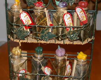 Spice Rack Wicker and Iron Ivy, Apothecary, Gardener Storage, 10 Bottles with Vegetable Cork Tops Wooden Spatula Sealed Spices, DIY Gift