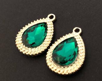 OGP-03/ 2pcs-Drop gold pendant- Emerald green