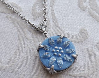 Vintage Button Necklace, Flower Design, Periwinkle Blue, Metallic Blue, Daisy, Antique Silver, Timeless Trinkets