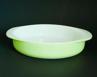 Vintage Lime Green Pyrex Cake Pan Baking Dish, 8 inch Round Shallow Casserole Dish, 221