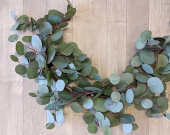 Eucalyptus Garland, Flower Garland, Wedding Flowers, Silk Flowers, Floral Garland, Wedding Garland, Garland, Silk Flower Garland