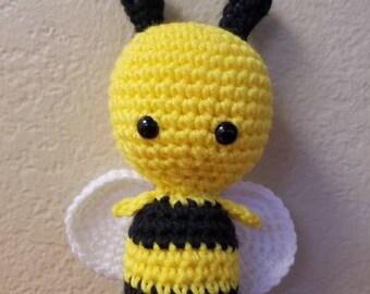 Crochet bee, stuffed bee, bumble bee, amigurumi bee, cute bee