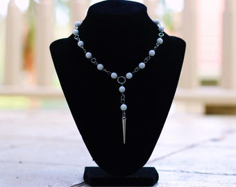 White Beaded Choker with Pointed Pendant