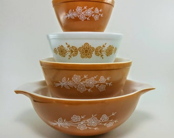Pyrex Butterfly Gold Nesting Bowls | Mixed Set Cinderella 444, 401 and 403 Nesting Bowls, Butterfly Gold 2 Mixing Bowl 402 Nesting Bowl,