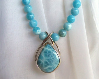 Turtleback Larimar Agate Beads Necklace