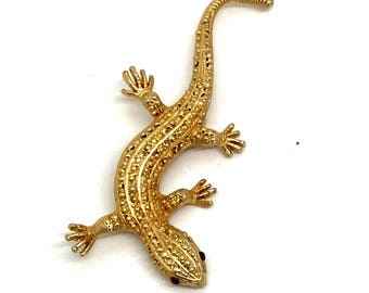 Vintage Gold Tone Lizard Brooch- May be signed but cannot make it out
