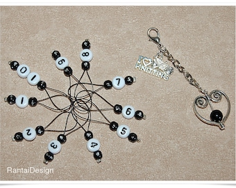 Stitch markers for knitting with numbers and key rings