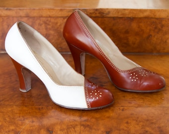 1940s Shoes // High Heels Two Tone Oxfords by Delman Sz 7.5 AAA