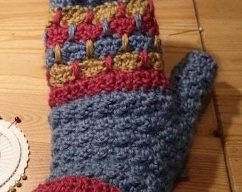 Warm Crochet Mitten Pattern for Adults