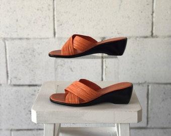 Vintage orange leather sandals, Italian sandals, orange sandals, woman's sandays 7.5 sandals, orange sandals, slides, Italian mules