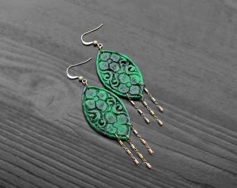 Jade 14K Gold Filled Tassel Earrings, jade gold earrings large, gold fringe earrings, ethnic bridal jewelry, green gem gold dangles, large