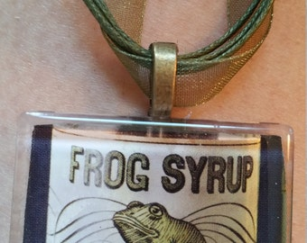 "Creepy FROG Syrup label Halloween Steam Punk  Gothic  Neckace 18"" -20"" ribbon cabochon"