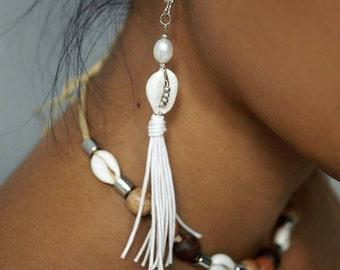 Pearl Earrings, Shell Earrings, Boho Earrings, Long Tassel Errings, Boho Wedding Earrings, Beach Wedding Earrings