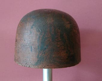 Crown hat Block 55.3cm